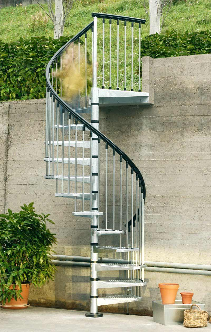 Exterior spiral staircase making it last for years for Spiral stair design