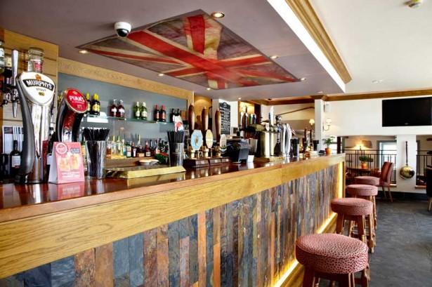 Bar Servery Design WATEREDGE