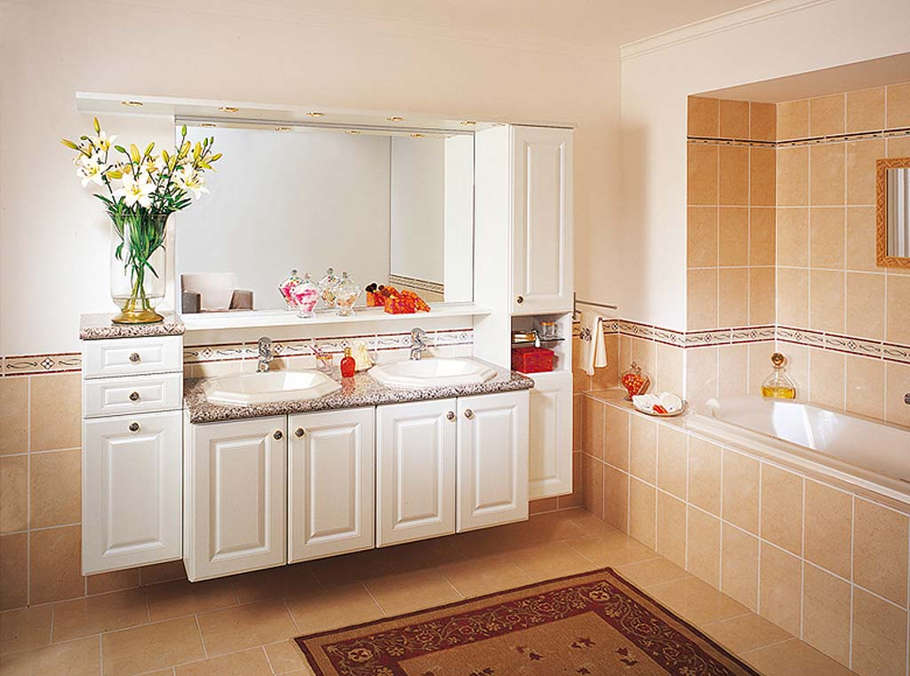 Bathroom Decor Modern Lux for Small Space
