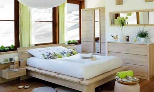 Bedroom Decorating Ideas 2012