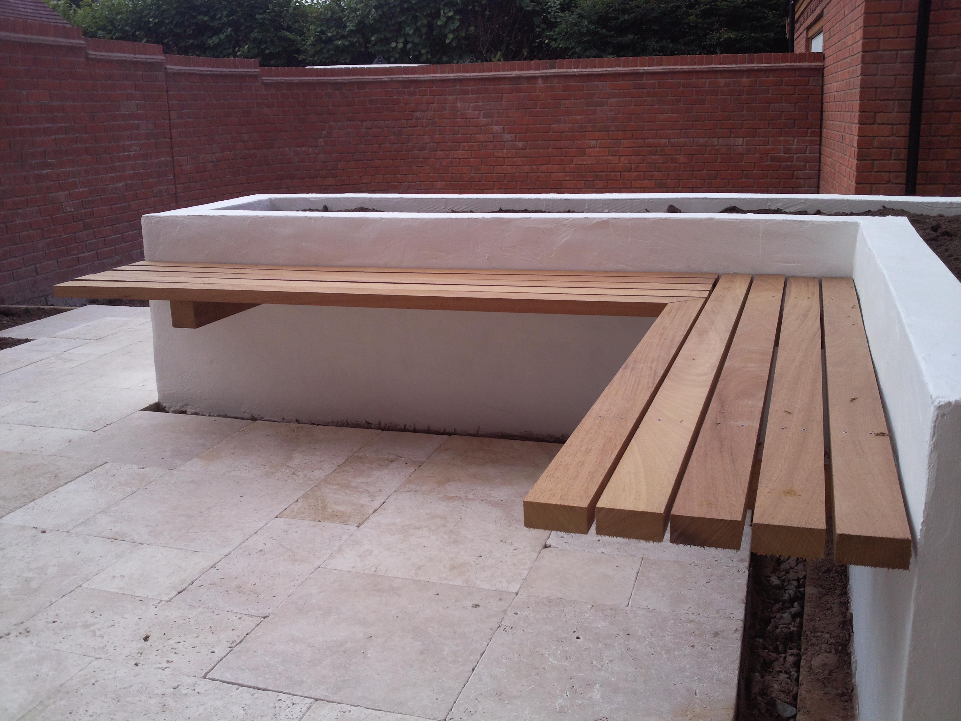 Cantalivered Bench Design Decorating