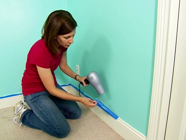 Painting Walls hairdryer