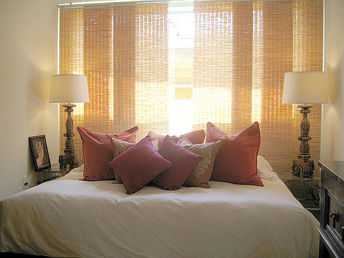 Small Bedroom Decorating Ideas For Woman