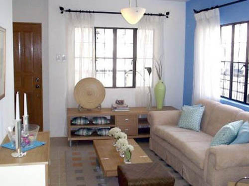 Decorating small living rooms