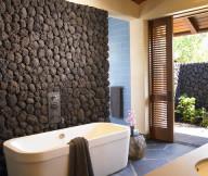 hawaiian bathroom decor