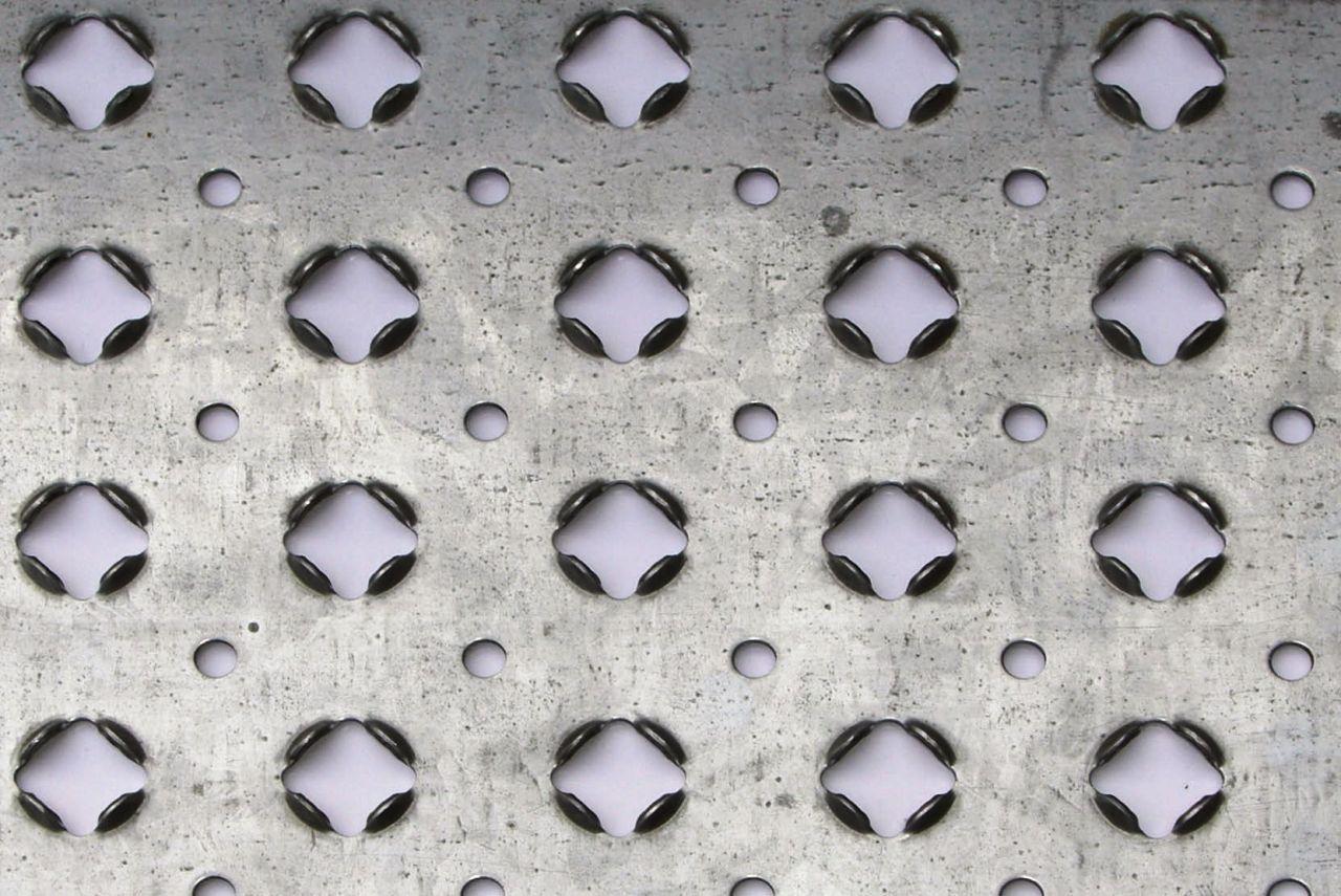 metal anti slip stair treads